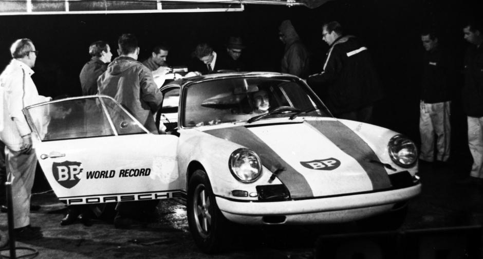 Porsche 911 R World Average Speed Records 29 10 04 11
